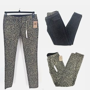 - Cult of Individuality NWT size 26 skinny j…